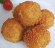 Картофельные шарики с мясной начинкой